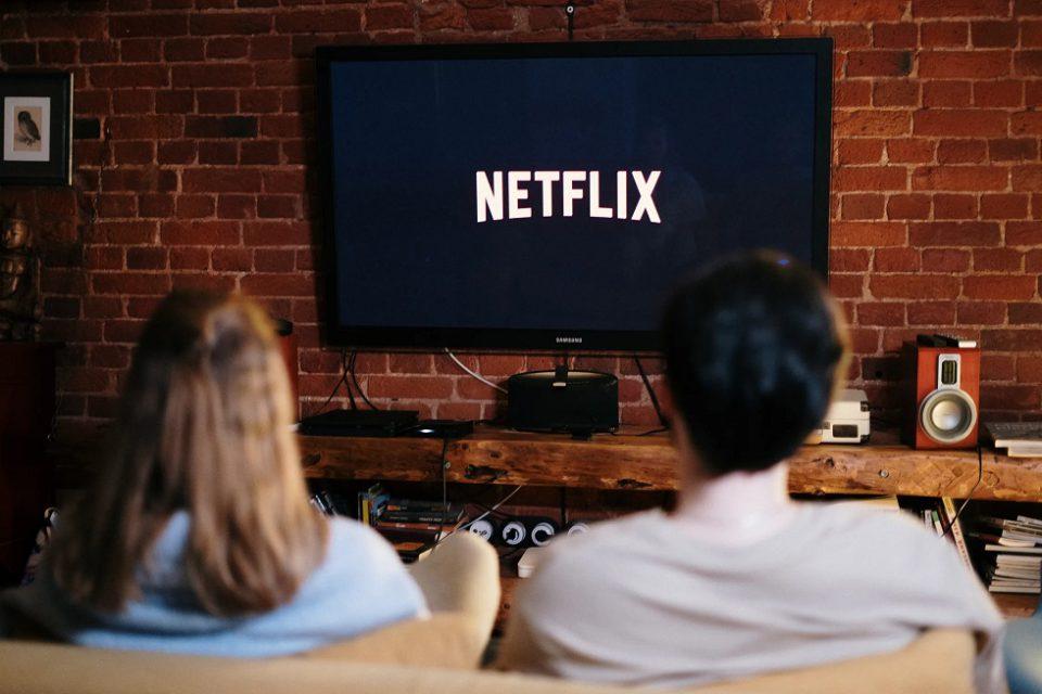 Streaming in Canada Free vs Premium