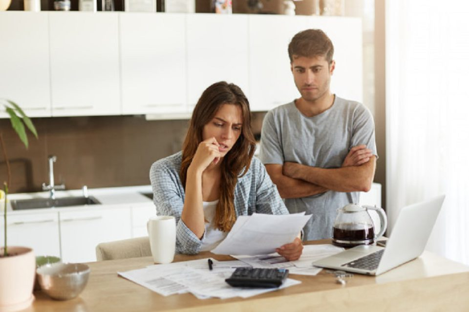 Smart Tips When You're Struggling To Pay Off Your Debt