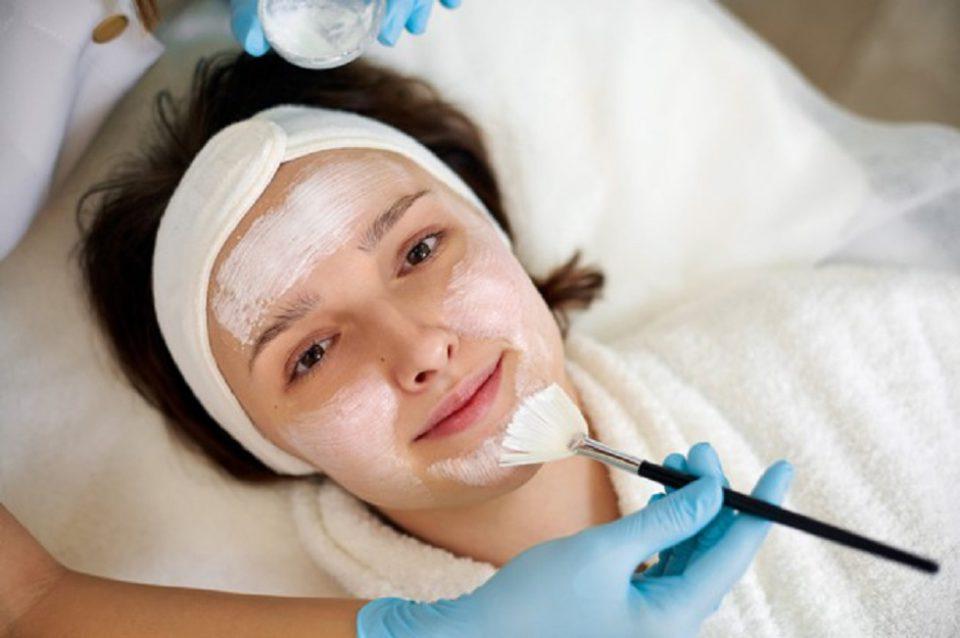 Chemical Peel Treatment for Glowing Skin
